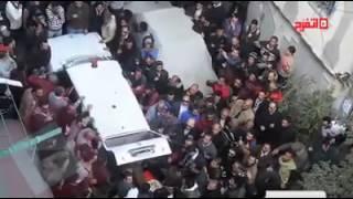 """اتفرج .. غضب في الإسكندرية بعد صلاة الجنازة على """"شيماء الصباغ"""""""