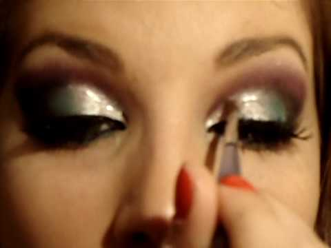 maquiagem pra balada com prata, azul, roxo e preto com Luciane Ferraes