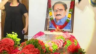 Celebrities pay homage to Vijaya Bapineedu - idlebrain.com - IDLEBRAINLIVE
