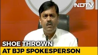 Man Throws Shoe At BJP Leader GVL Narsimha Rao - NDTV