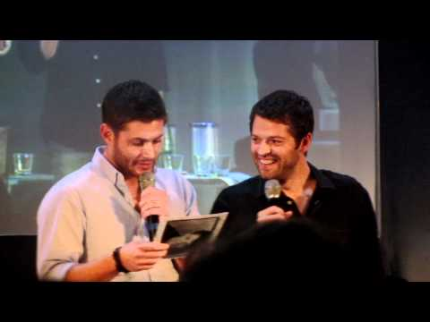 JIB 3: Jensen & Misha Panel: Misha's old resume - Jensen laughing hysterically