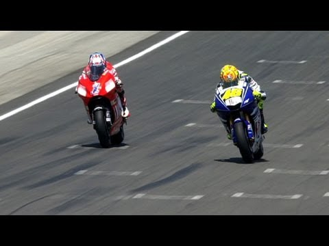 MotoGP Historic Battles -- Rossi vs Stoner Laguna Seca 08'