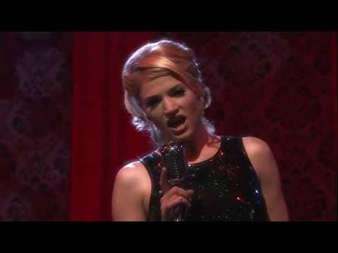 Ricarda,Sofi aus Berlin-Tag & Nacht, singt