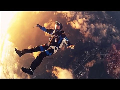 GoPro Skydiving on Sunset (Paracadutismo)