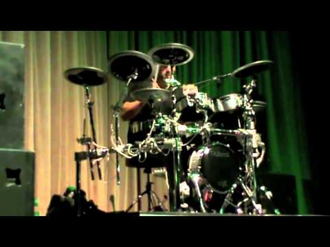 Thomas Lang Roland V-Drum solo @ The London Drum Show 2011  2/2