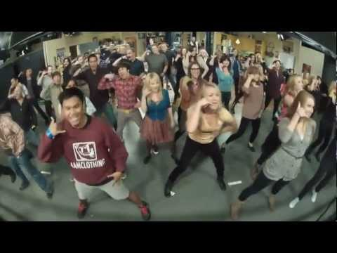 The Big Bang Theory Flash mob! [Full version compilation]
