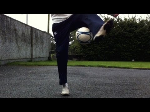 Knee Slam - ATW Combo (Tutorial) :: Freestyle Football