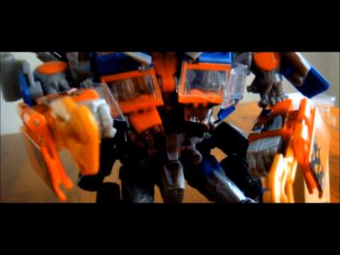 Optimus and Ironhide vs. Megatron stopmotion
