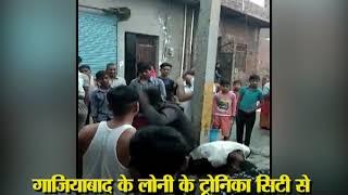 Ghaziabad: दो नाबालिक चोरों को खम्बे से बांधकर पीटा गया - ITVNEWSINDIA