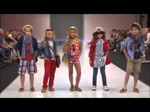 Mayoral défilé de mode professionnel par des enfants