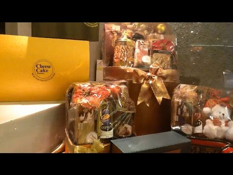 Christmas & New Year Gifts & Hampers @ Cheese Cake Factory Jakarta