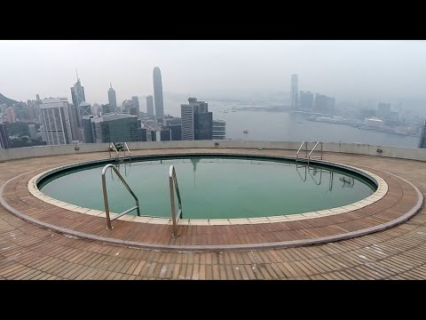 I found an abandoned rooftop pool...