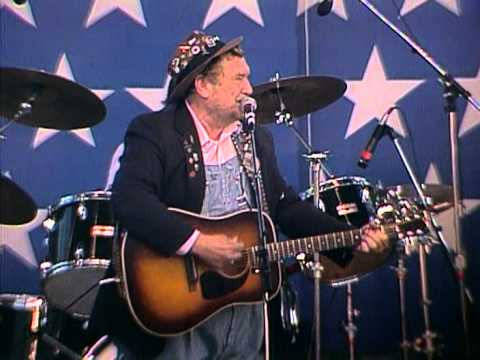 Boxcar Willie - Waiting for a Train (Live at Farm Aid 1986)