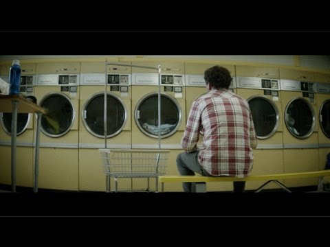 "THE POSTAL SERVICE: ecco il nuovo video ""A Tattered Line Of String"""