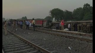 5W1H: 12 coaches of Poorva Express derail near Kanpur, 20 injured - ZEENEWS