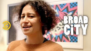 Broad City Set Tour: Ilana Glazer Shows Off Her Character's All-Activist Apartment - COMEDYCENTRAL