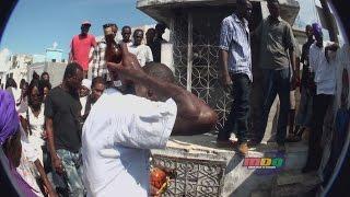MDQ en un ritual (Video corto) un chabon come vidrio