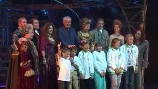 Участники Игр победителей на мюзикле «Граф Орлов»
