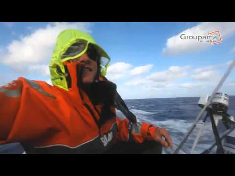 Charles Caudrelier - VOR12 &#8211; Etape 8 &#8211; Petit  petit Groupama 4 fait son nid !