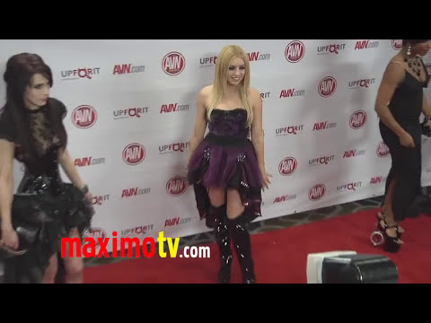 Aiden Ashley and Lexi Belle at 2012 AVN AWARDS Show Red Carpet Arrivals