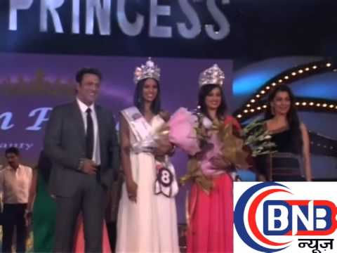 govinda and juhi chawla with sexy models at  indian princess grant finale fashion show  part-7/7
