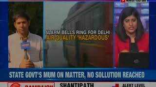 Delhi's air quality continues to worsen, sale of firecrackers are back ahead of Diwali 2018 - NEWSXLIVE