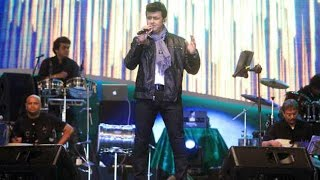 Live Performance By Sonu Nigam On Republic Day - THECINECURRY