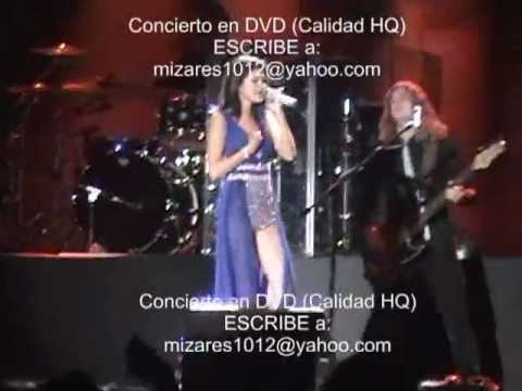 Selena Gomez Lima Peru 02 Feb 2012 en DVD A Year without Rain
