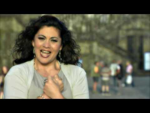 Maria Gracia - Camina a Santiago (HD)