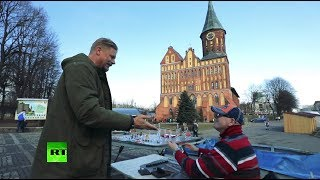 The Peter Schmeichel Show: Legendary goalkeeper explores World Cup host cities (Kaliningrad) - RUSSIATODAY