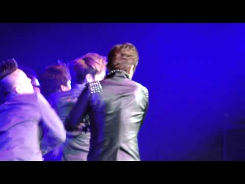 [HD][FANCAM] 120520 DBSK/TVXQ - Keep Your Head Down @ SM TOWN 2012 LA (Anaheim)