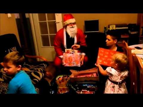 Wizyta świętego Mikołaja w czasie Wigilii 2013.
