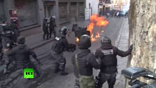Students clash with police in Bolivia - RUSSIATODAY