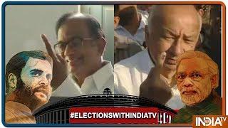 Lok Sabha Election 2019: Congress leader P Chidambaram, Sushil Kumar Shinde casts their vote - INDIATV