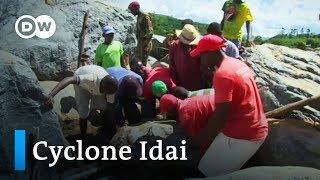 Cyclone Idai: Race to rescue victims still underway in Zimbabwe | DW News - DEUTSCHEWELLEENGLISH