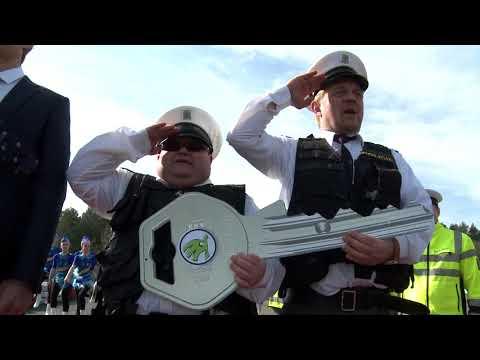 Autoperiskop.cz  – Výjimečný pohled na auta - VIDEO – POLICIE OBDRŽELA NOVOU ŠKODU FABII R5 (Štajf, Čtvrtníček, Skácelová, Janeček)