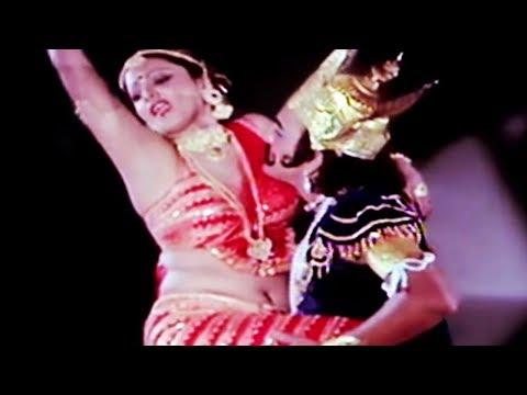 Prem Chopra, Rekha - Do Anjaane - Scene 15/31