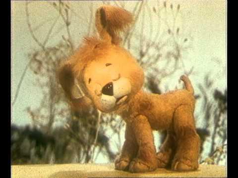 Кадр из мультфильма «Как щенок учился плавать»
