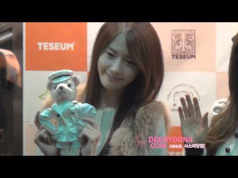 [Fancam] 111228 SNSD  Yoona @ Seoul Doll Fair