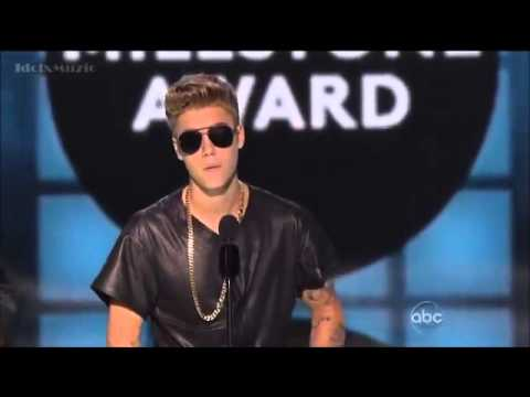 Justin Bieber Receives The Milestone  Billboard Awards 2013