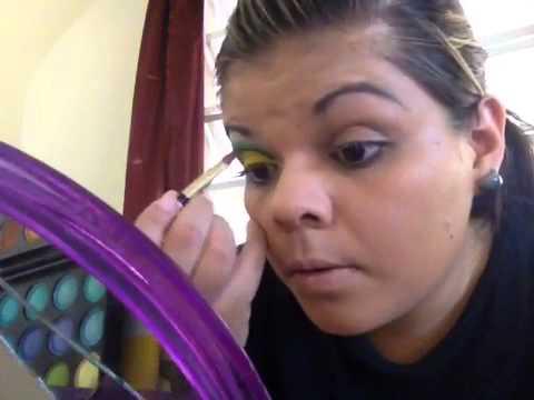 Maquillaje ojo de culebra