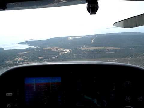 Approaching Mali Losinj LDLO with Cirrus SR 20 from Brno CZ LKTB