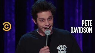 Pete Davidson: SMD - Adorable Single Mother - COMEDYCENTRAL