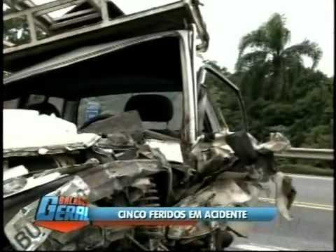 Acidente na Rodovia Raposo Tavares em São Roque - Record