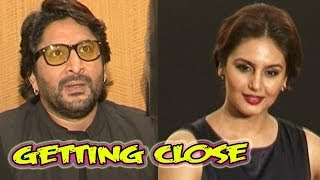 Is Huma Qureshi getting close to Arshad Warsi ?