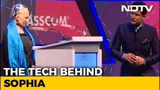 A Date With Sophia: The Humanoid Robot - NDTV