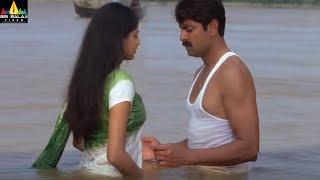 Romantic Scene - 25 - SRIBALAJIMOVIES