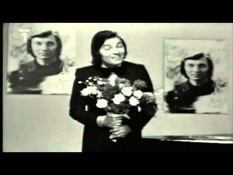 Teď růži k Vám jdu krást - Karel Gott