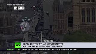 Moment car rams into Westminster's barriers in London's latest terrorist attack - RUSSIATODAY