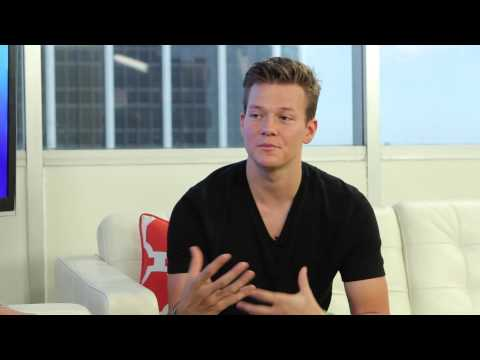 Tyler Ward Interview - Tour, 'Hello Love Heartbreak' Album & Taylor Swift